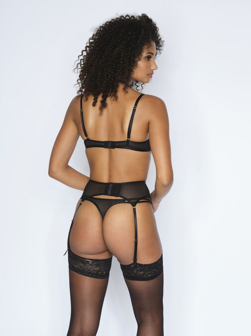 The Fiery Suspender Belt image number 4.0