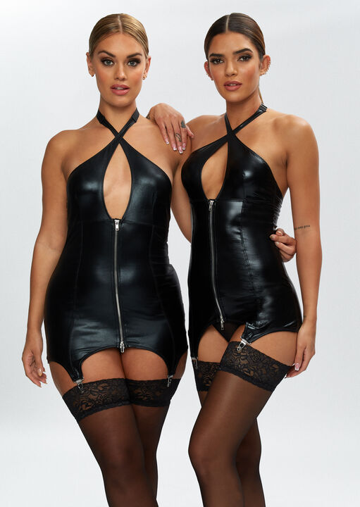The Captivating Cami Suspender image number 1.0