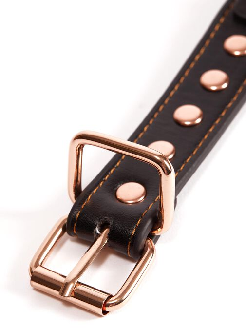 Studded Buckle Handcuffs image number 1.0