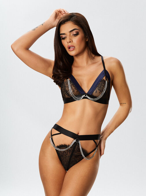 The Knockout Bra and Crotchless Knickers Set image number 0.0