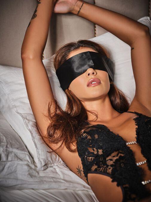 Satin & Lace Blindfold image number 1.0