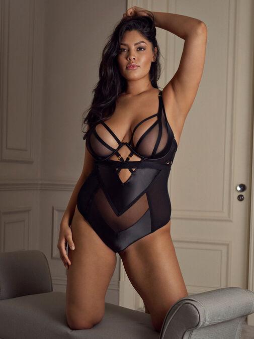 Alina Body image number 2.0