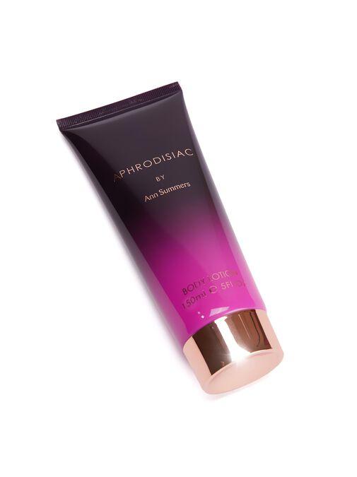 Aphrodisiac Perfume Set image number 4.0