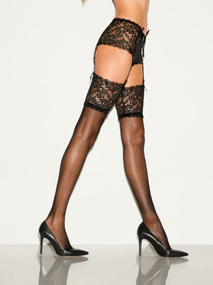 Tickle Knicker Suspender Set