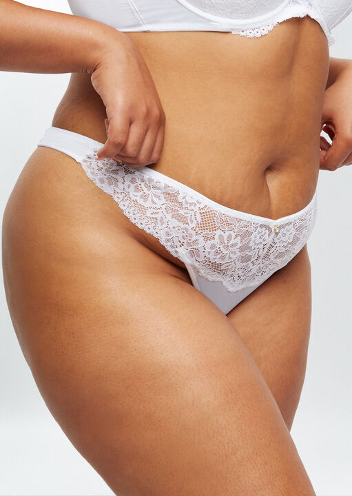 Sexy Lace Sustainable Thong image number 1.0