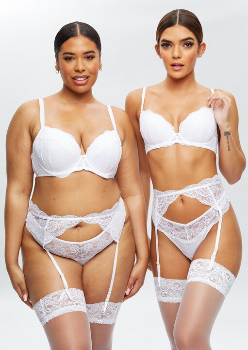 Sexy Lace Sustainable Plunge Bra image number 1.0