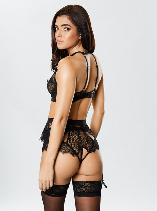 The It Girl Suspender Belt image number 1.0