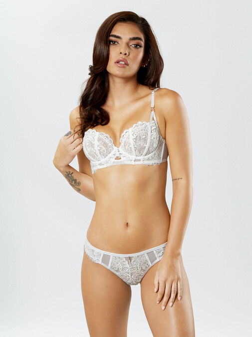 Fiercely Sexy Non Padded Bra image number 5.0