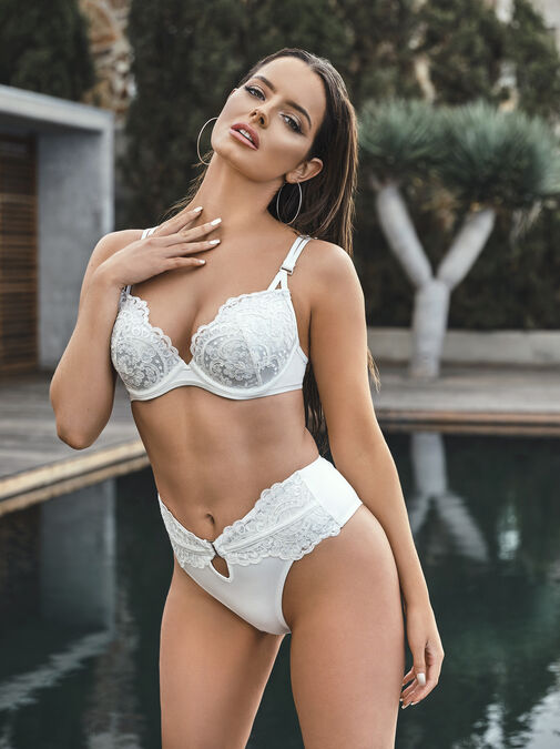 Fiercely Sexy Push Up Plunge Bikini Top image number 0.0