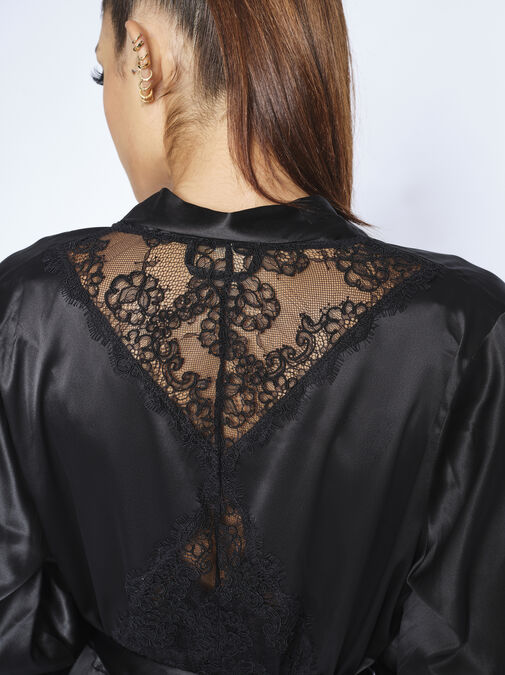The Decadence Robe image number 3.0