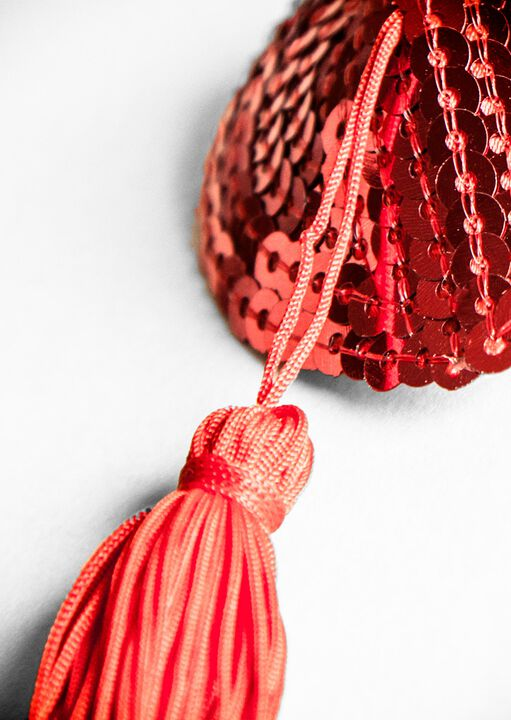 Sequin Nipple Tassel Red Hearts image number 1.0